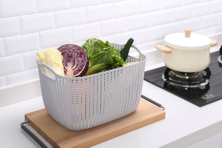 Wholesale Durable New PP Plastic Hanging Cloth Storage Basket