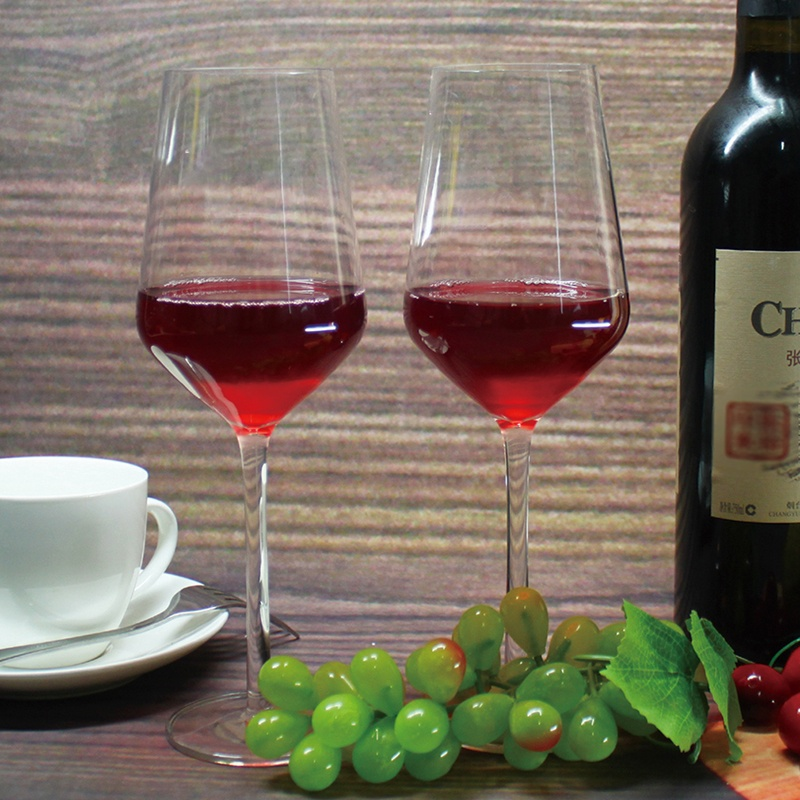 Chinese factory wholesale price environmental friendly 100%tritan wine glasses